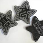 校章文鎮 山西黒でできた、小豆島高校設立90周年記念の品です。